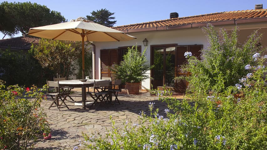 Antonella's Country House - Nature & sea - Marina Velca - Casa de camp