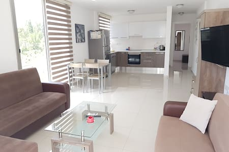 New Fabulous Flat In The Heart Of Kyrenia(Girne)