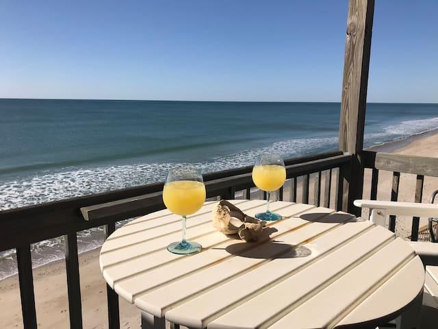 Renovated Oceanfront Condo!