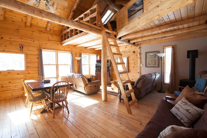 Sawtooth Adventure Cabin