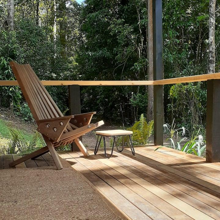 Simple, peaceful zen cabin