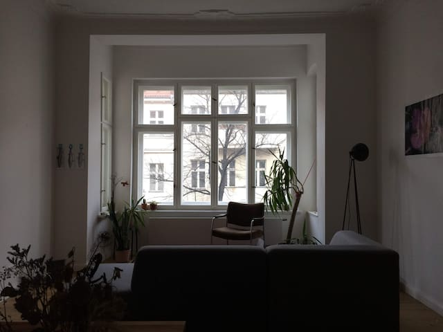 Spacious room in large flat