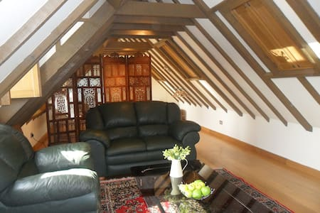 The Cart Lodge, White Horse Stables - Stetchworth - Loft