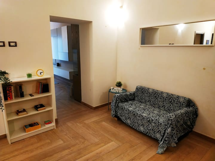 ★Central cozy apt. 70m2 in '700s Baroque building★