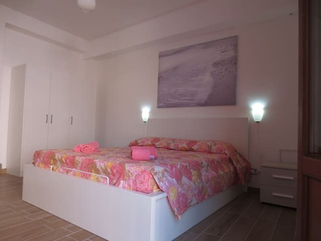 Double Room in the heart of Syracuse