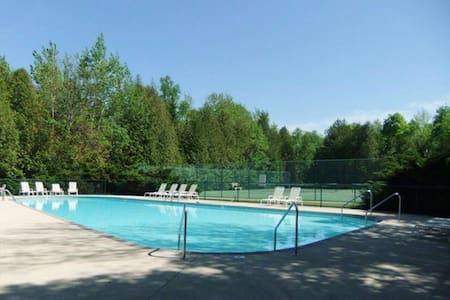 Modern, updated, Door County condo with pool!