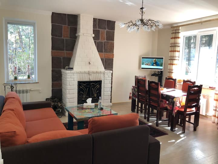 Quiet, super comfy & garden house in Tsakhkadzor