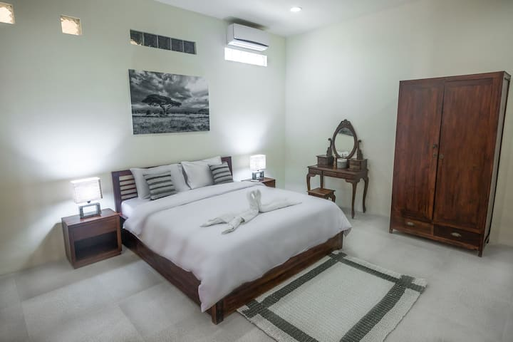 DREAM VILLA in Seminyak close to beach