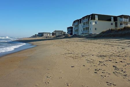 OBX Oceanfront Condo-The Sands - Килл-Девил-Хилс