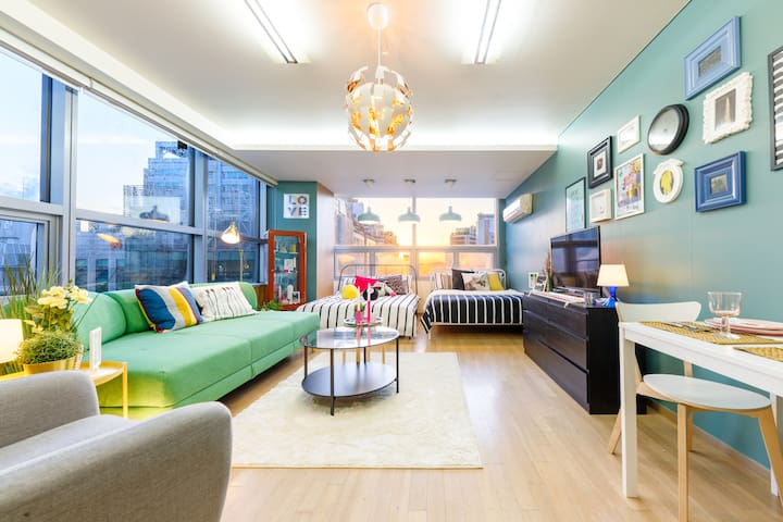 ♥5 Gangnam stn / Private queen Bedroom in a house