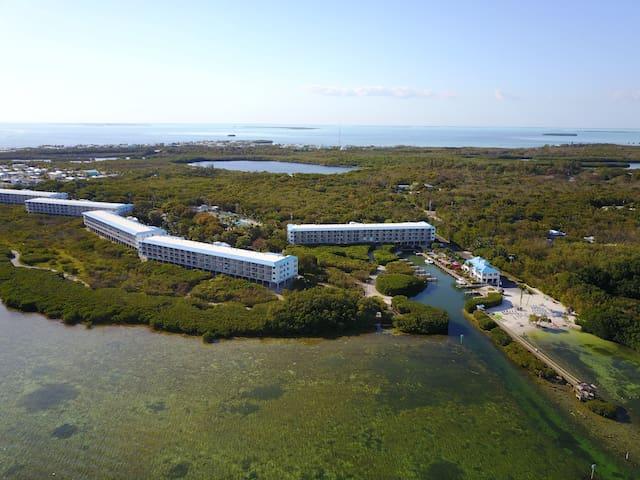 Ocean Point Suites  Tavernier, Florida