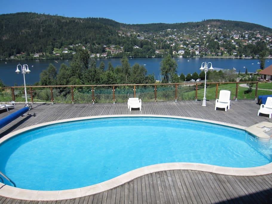 Belle location 4 terrasse et piscine bord du lac for Piscine gerardmer