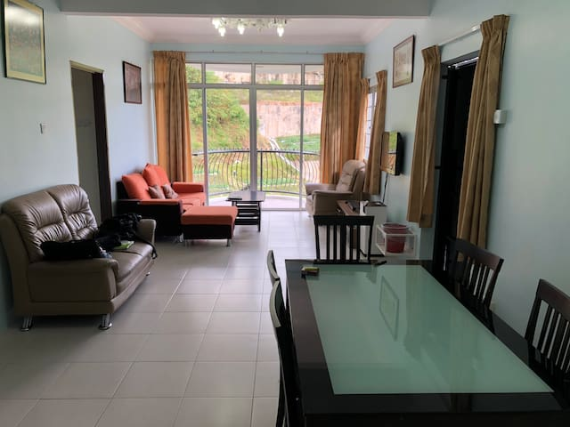 Cameron Highland Kea Farm Rose Apartment Homestay