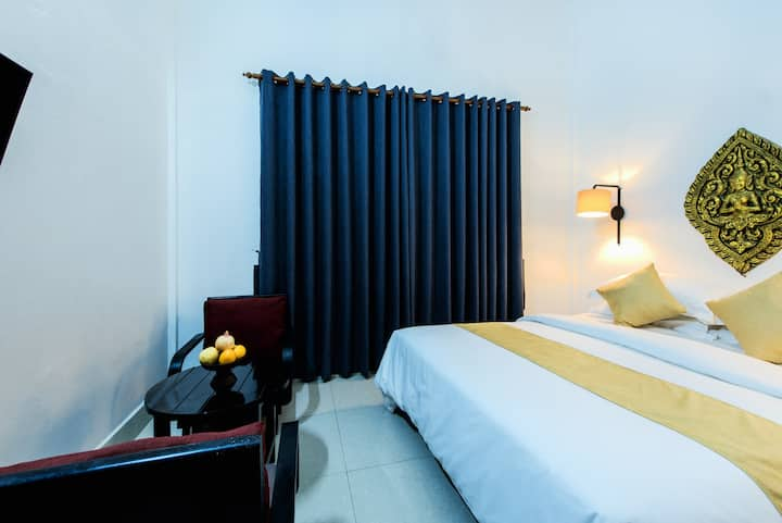 Private Family House (Stay 2-6pax, Free pick up)