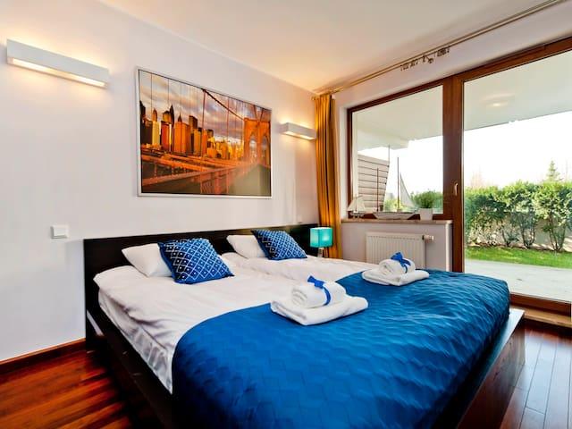 Comfy apartment witha a garden B6