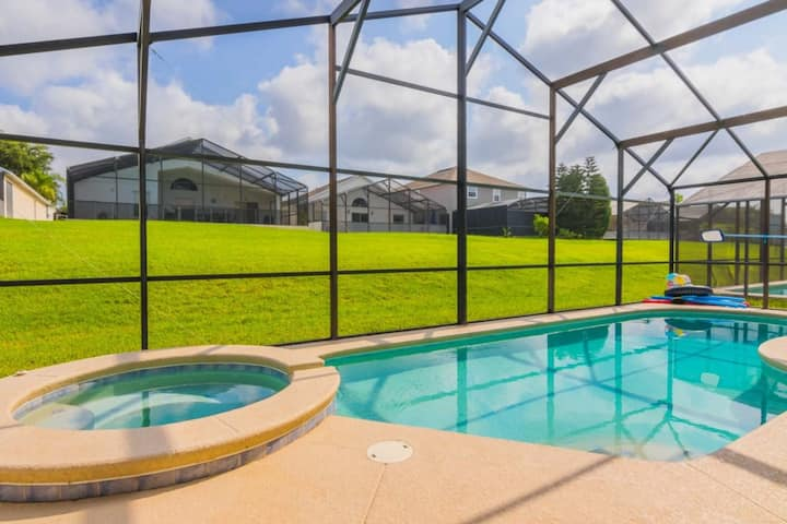 AWESOME 4Bed Pool Villa With Contact-less check in