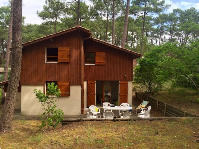 Little Cottage in the forest - Carcans - Rumah
