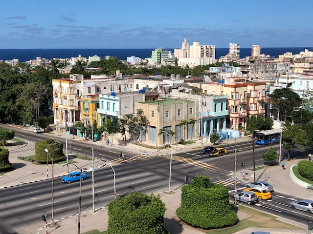 Guide Book for Cuba