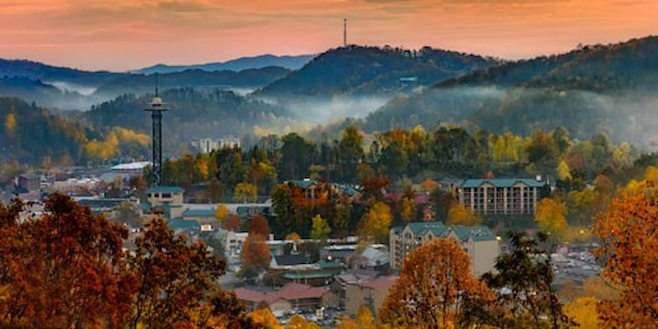 Your best travel guide to the Smokies