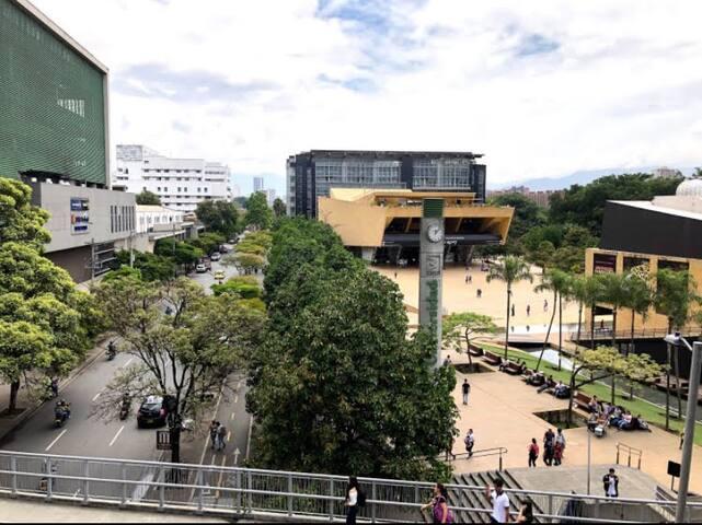 Guidebook for Medellín