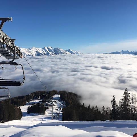 Skiing/Snowboarding around Innsbruck
