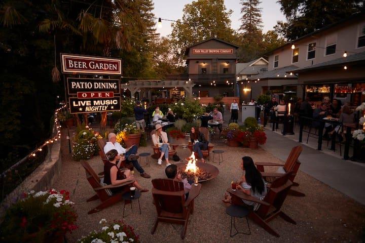 The Calistoga Inn's guidebook