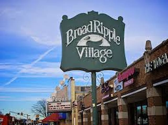 Guidebook for Broad Ripple, Indianapolis
