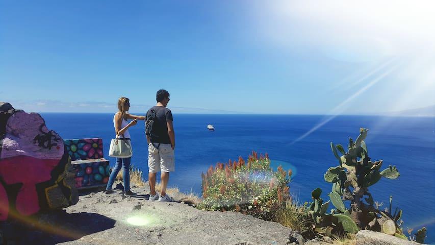 Guidebook for Santa Cruz de Tenerife