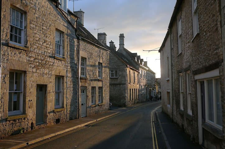 Guidebook for Minchinhampton