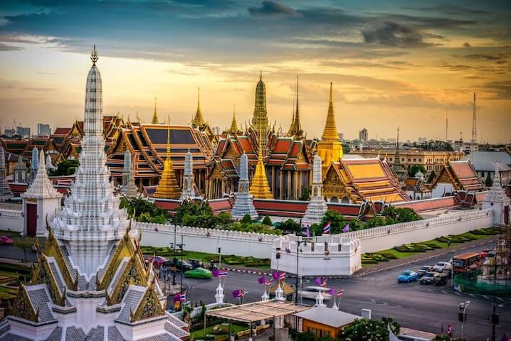 Friends of Bangkok :)