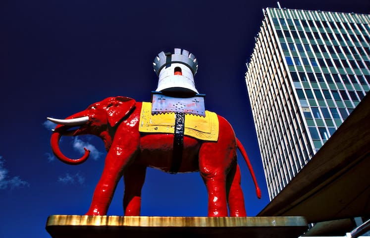 Yutong's Elephant and Castle London