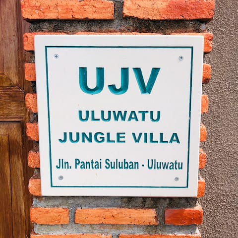 Buku panduan Uluwatu Jungle Villa