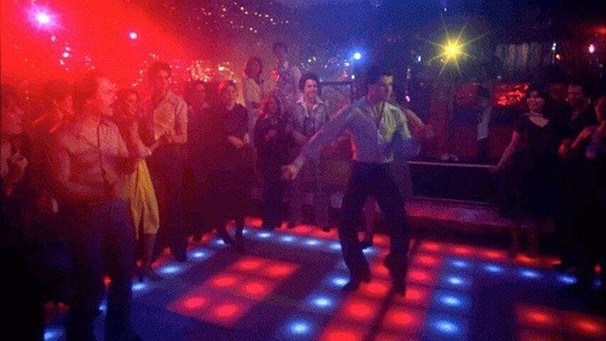 Per una serata in Discoteca
