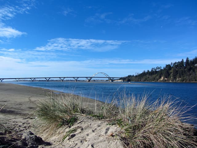 Waldport | Central Coast Guidebook