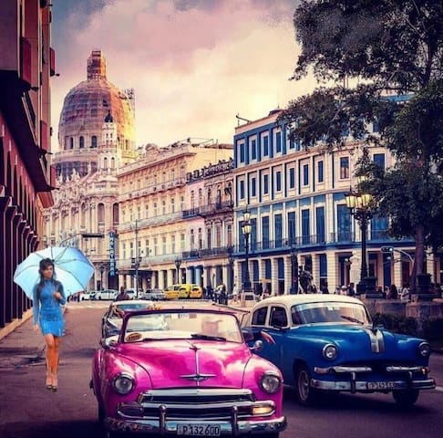 Alejandro's Guidebook for La Habana. We can arrange guided city-sight-seeing tours in Havana for affordable prices.vity