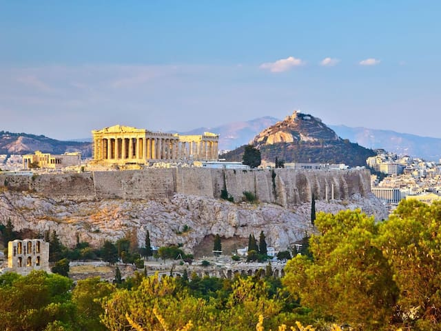 Travel guide of Athens!