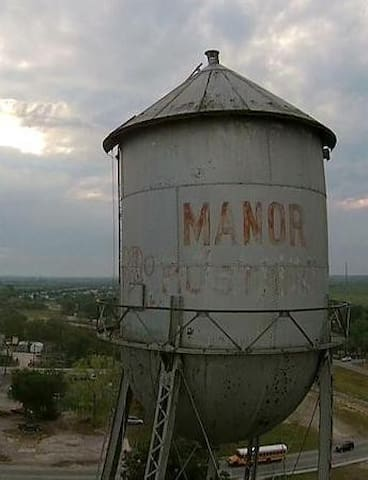 Manor Ranch Guidebook