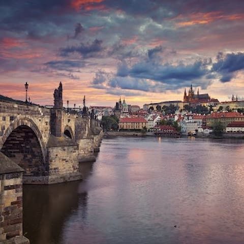 Sightseeing: The History of Prague