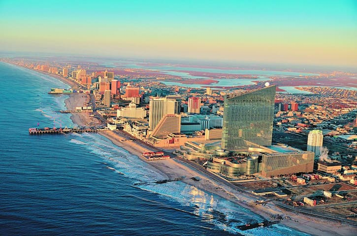 Lina's Guide to Atlantic City!