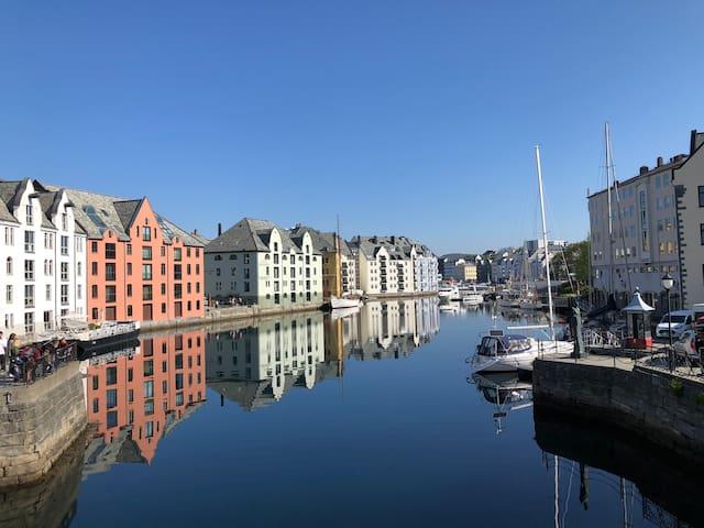Guidebook for Ålesund og nabolaget