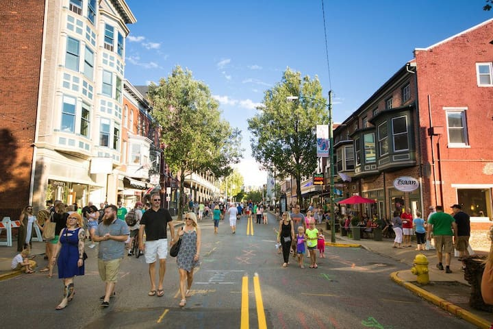 Explore Downtown York
