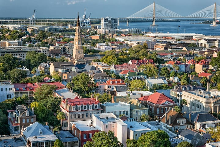 Historic Charleston - King Street Suite