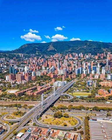 Medellín Travel Guide