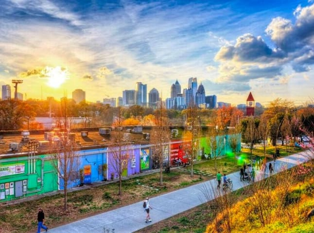 Steph's Guide to ATL
