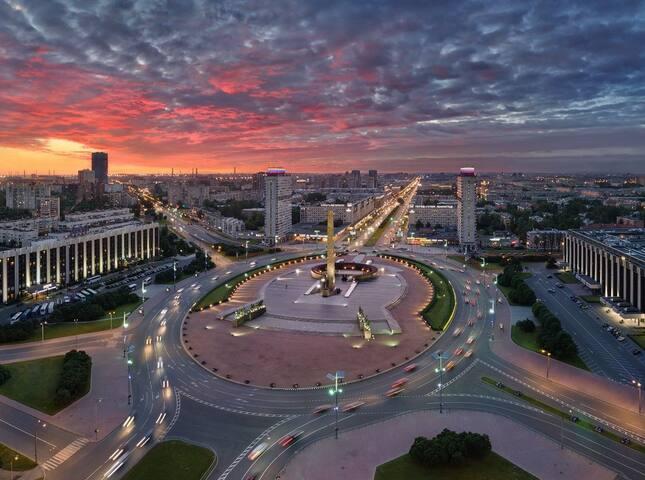 Санкт Петербург и окрестности