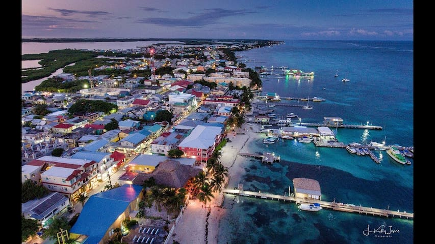 Kimberly's Guide to Ambergris Caye