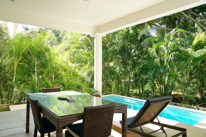 Guidebook for tropical Home in Playa del Carmen