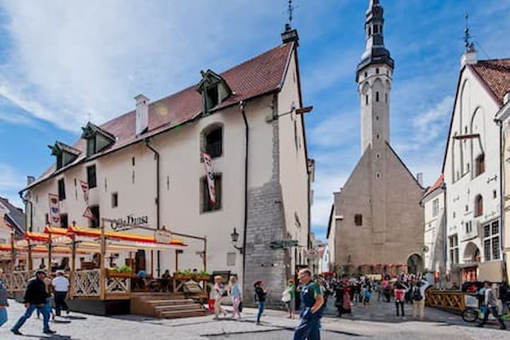 Guidebook for Old Town Tallinn