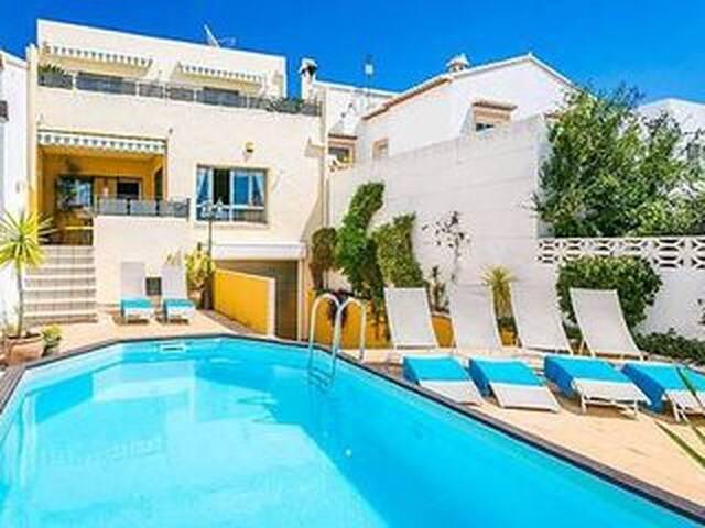 Costa Blanca Casa de 5 dormitorios con piscina en Benimeli