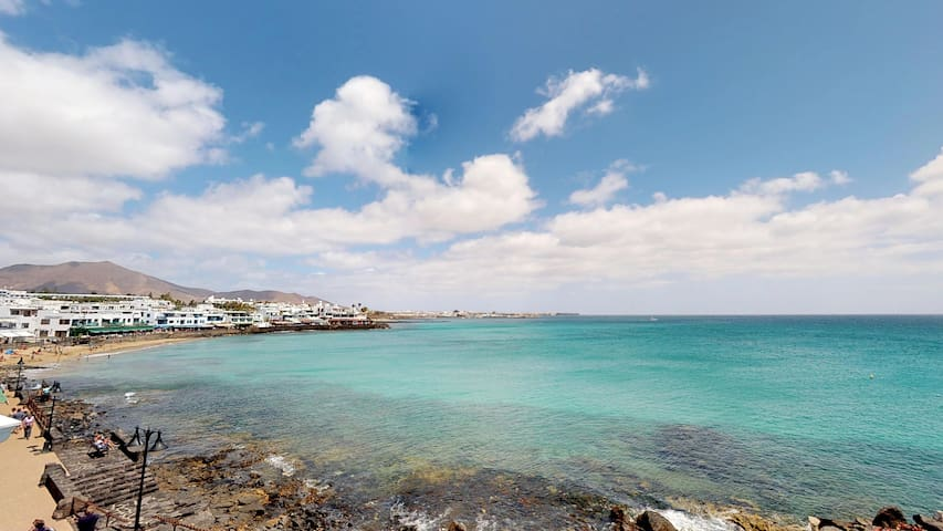 Guidebook for Playa Blanca